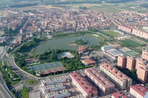 ayuntamiento-laguna-de-duero-10512578